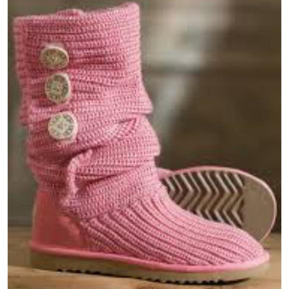 4e42324e943 Ugg Women's Classic Cardy Boots light Pink Size 9